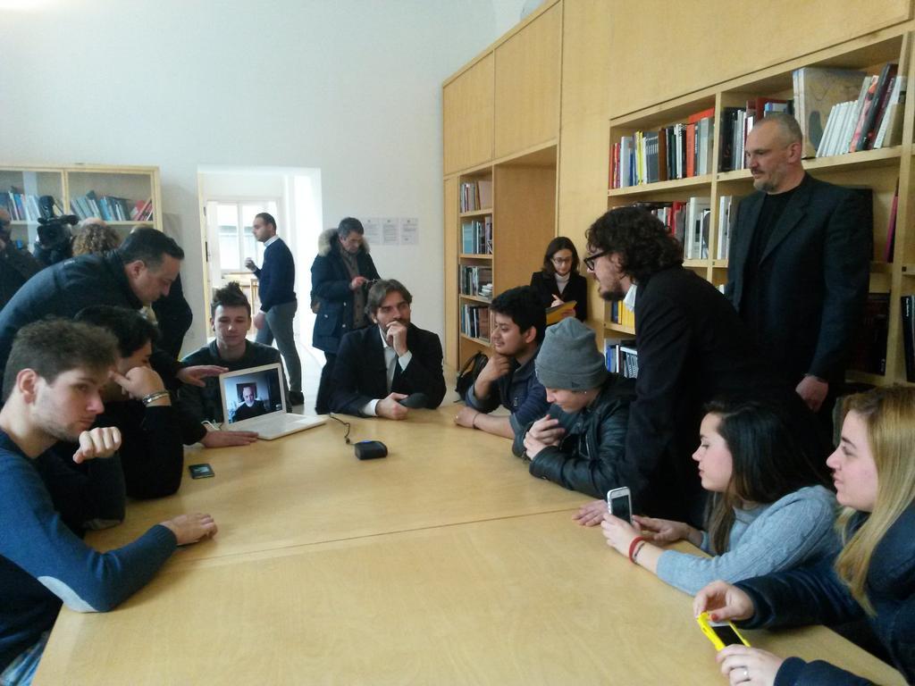 La partecipazione via skype di Michelangelo Pistoletto e la presenza di Uno Mattina Rai1